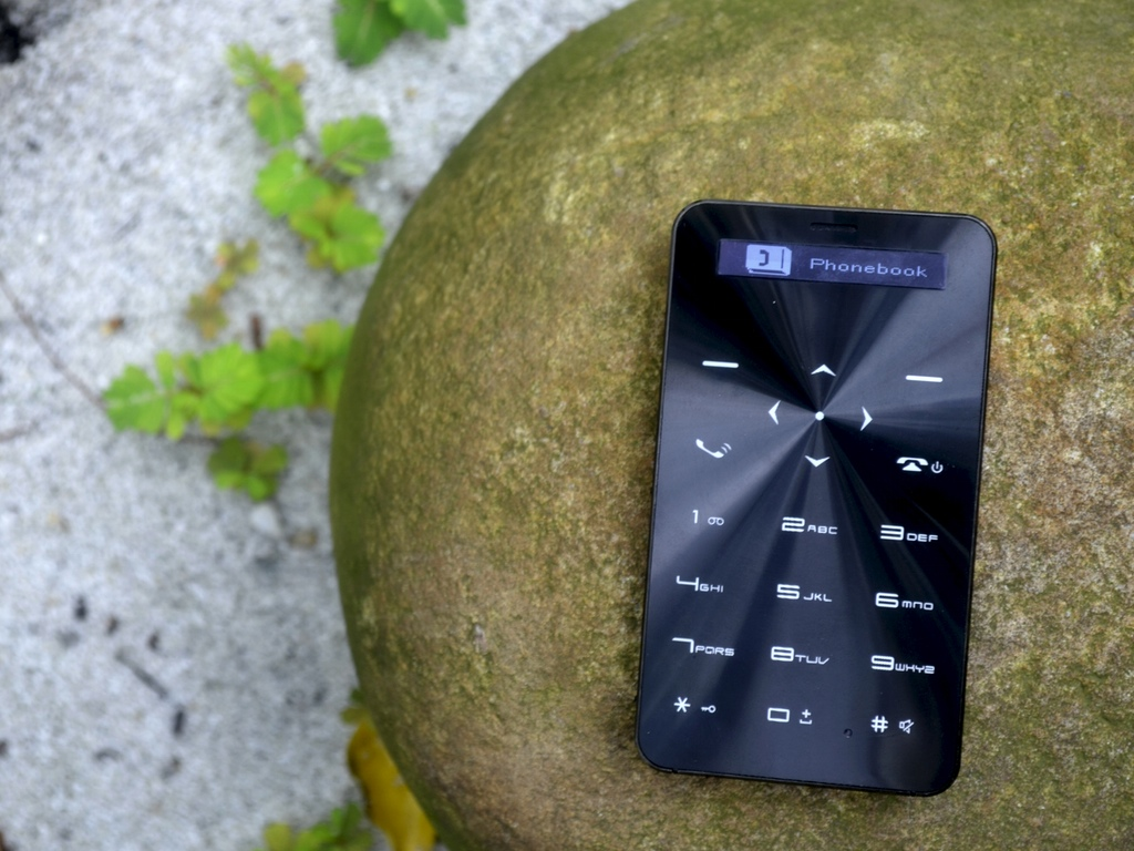 light phone siyah