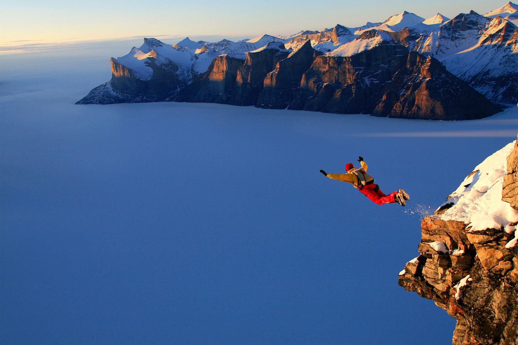 Adrenalin Bağımlıları için Base Jumping