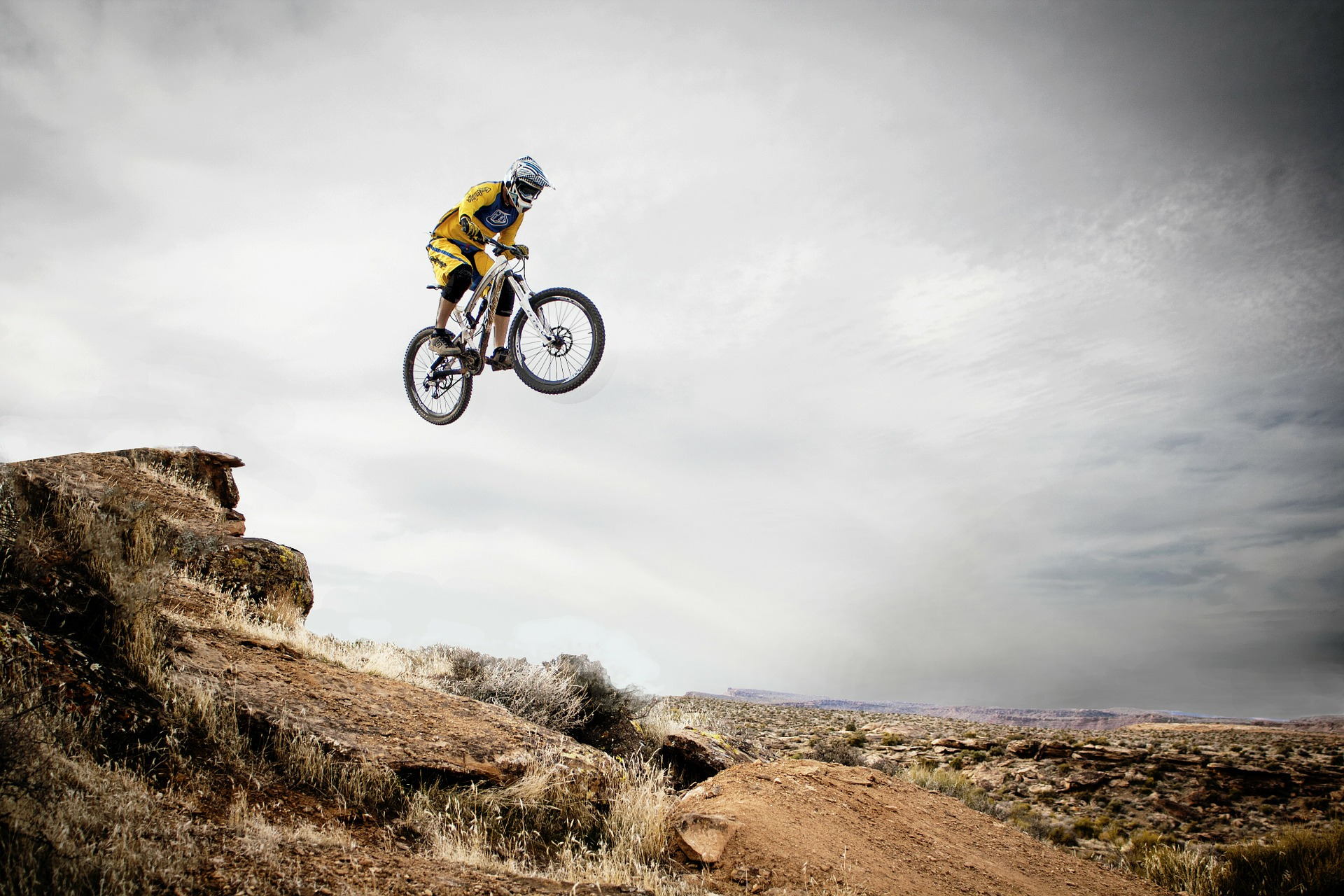 Adrenalin Bağımlıları için Bisiklet ile Dağ Tırmanışı
