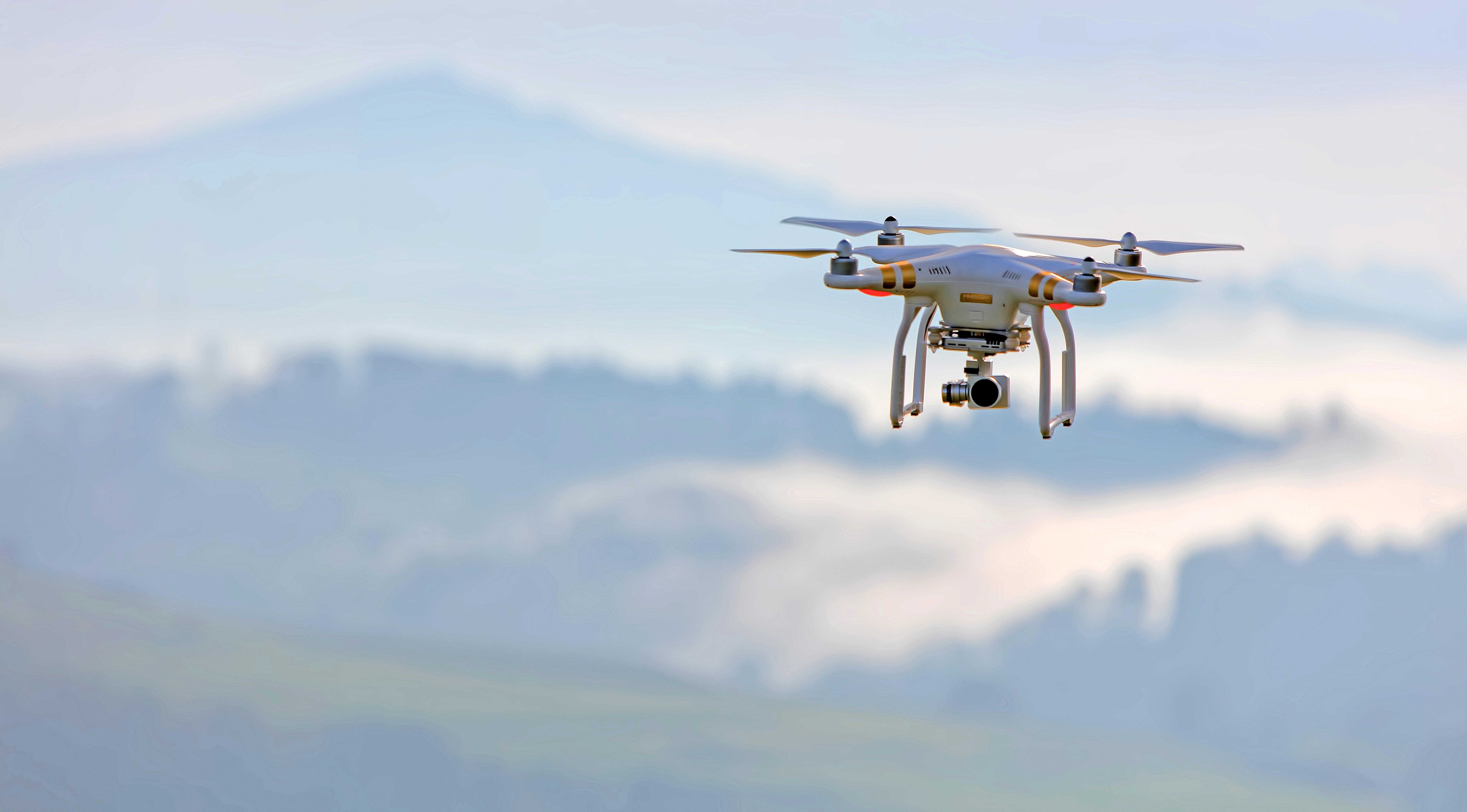 dronlar