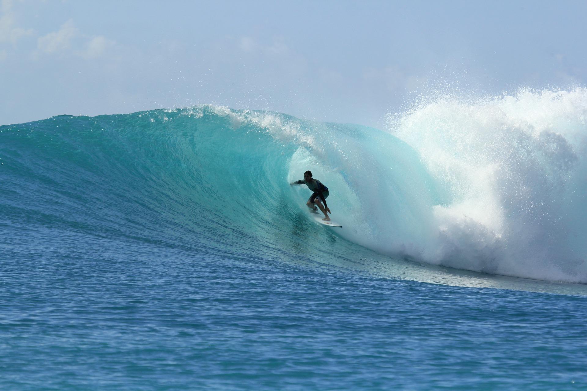 Adrenalin Bağımlıları için Sörf