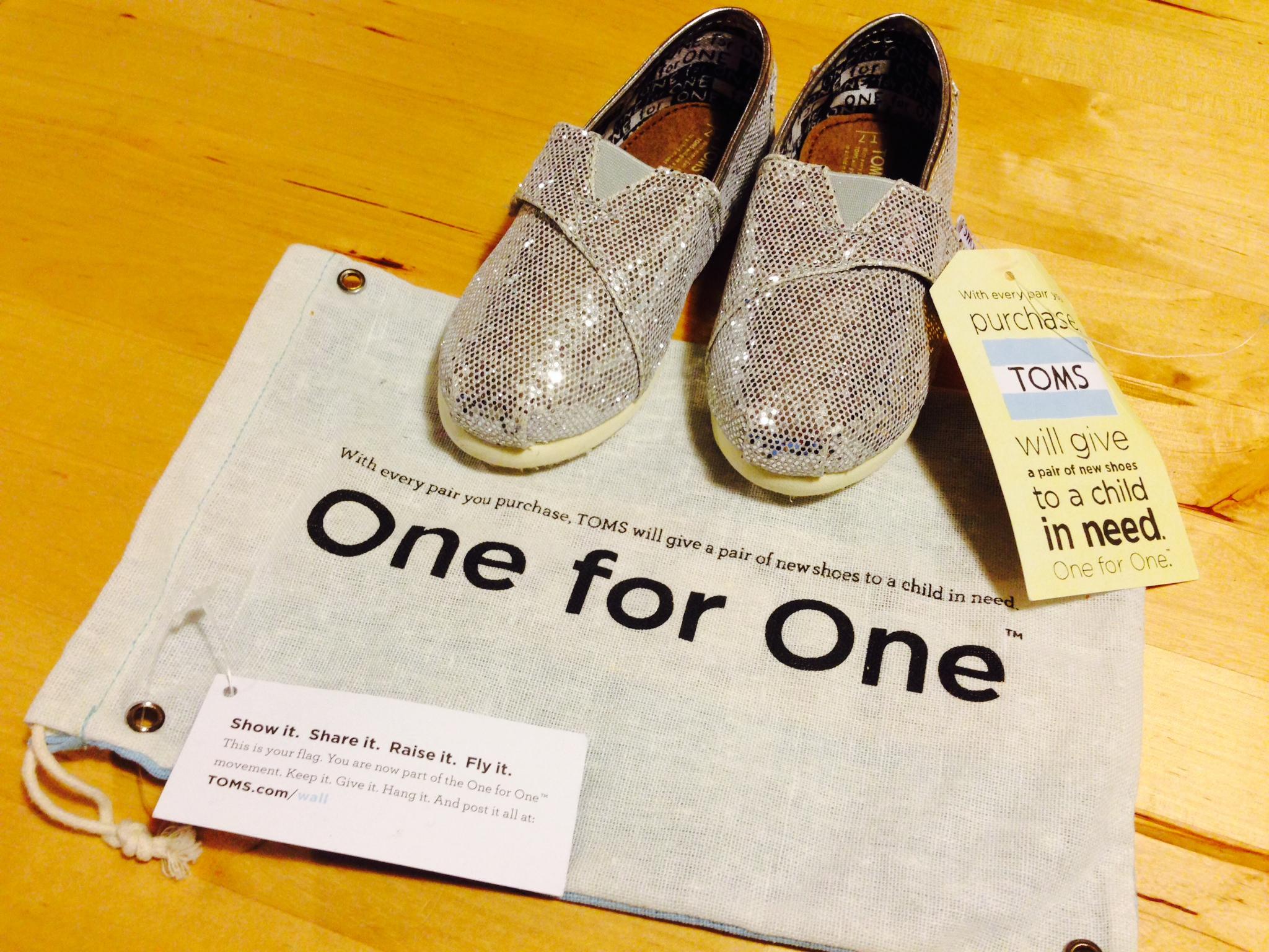 toms shoes politikası
