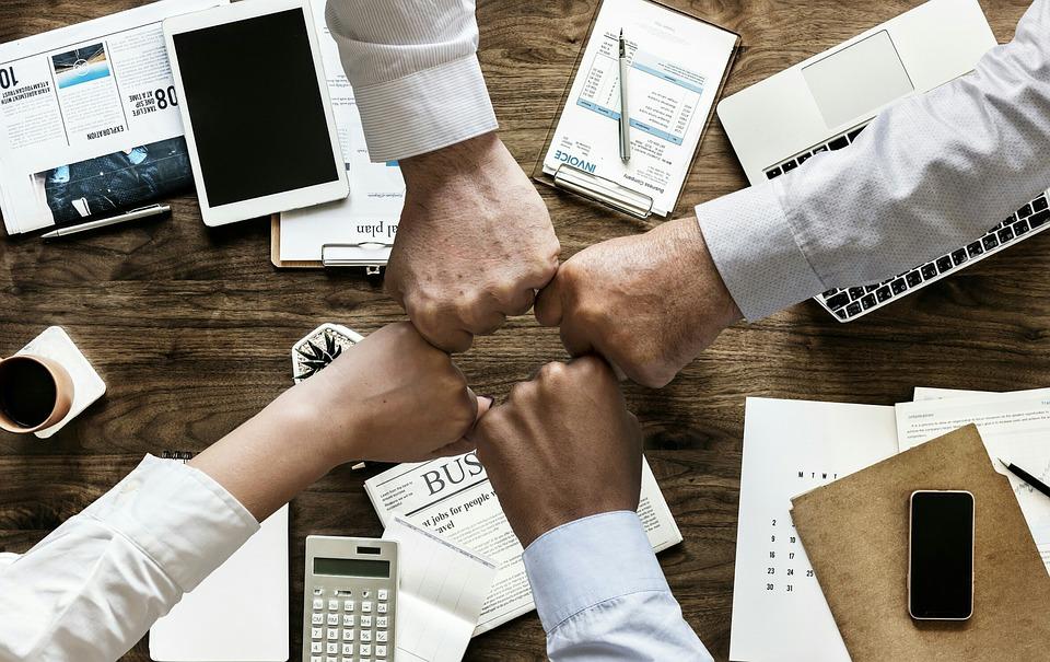 müşterilerle birlik olmak