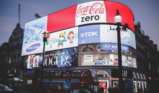 tum-zamanlarin-en-yaratici-reklam-kampanyalari