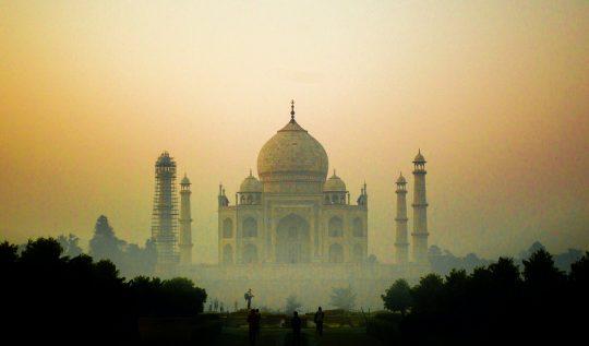 tiktok-dahil-olmak-uzere-bir-cok-uygulama-hindistan'da-yasaklandi