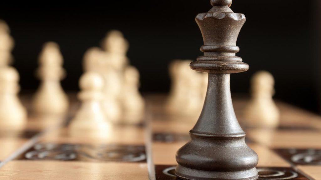satrancin-bilinmeyen-yuzu-the-queens-gambit-hikayesi