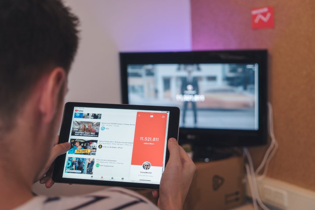 youtube-nasil-internet-video-devi-haline-geldi-kurulusundan-gunumuze-nasil-geldi
