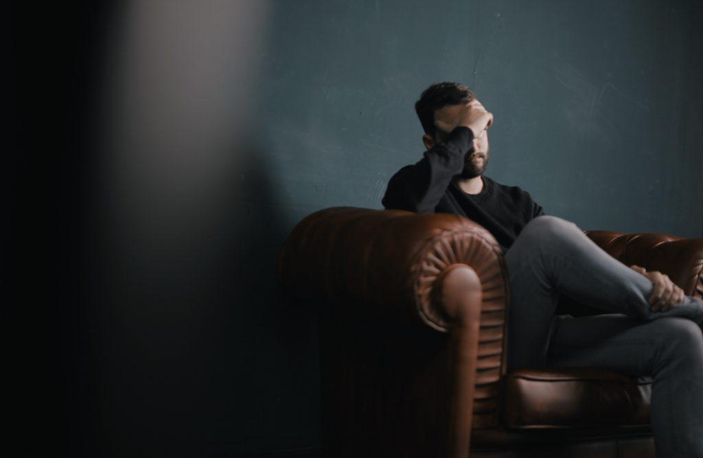 duygusal-zekasi-yuksek-olmak-ve-dezavantajlari