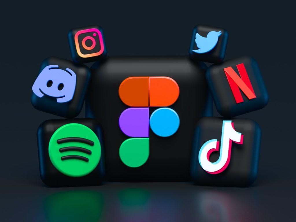 facebook-apple-netflix-ve-instagram-kullanicilarinin-hesaplari-calindi