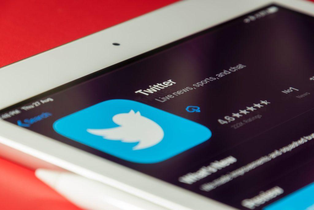2021'de Kendinizi Sosyal Medyadan Nasıl Silebilirsiniz? -  Twitter