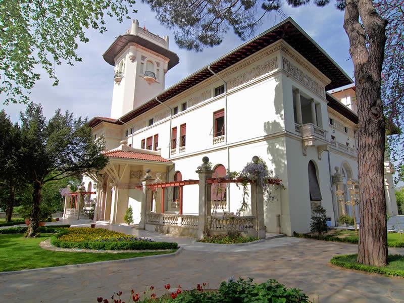 istanbulda-tarihi-mekanlar-ve-restoranlar